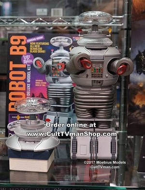 Lost in Space Robot DELUXE kit 1:6 scale with glass dome from Moebius Models - $49.95 - PREORDER RESERVATION