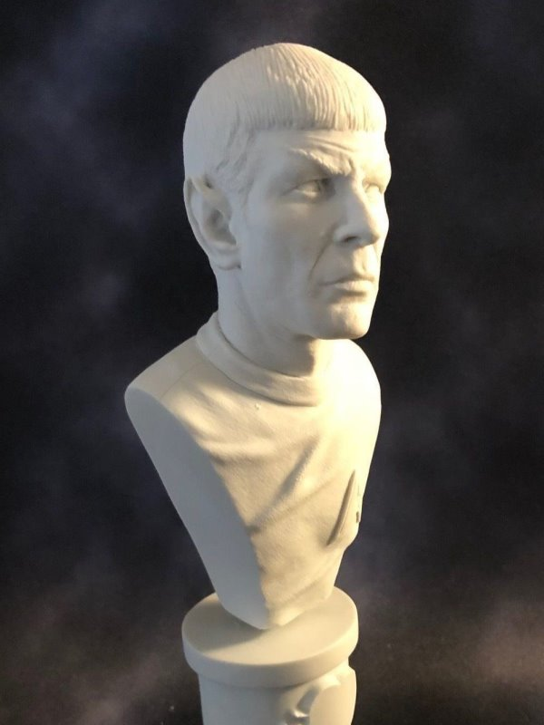 The First Officer - MicroMania Bust from Black Heart