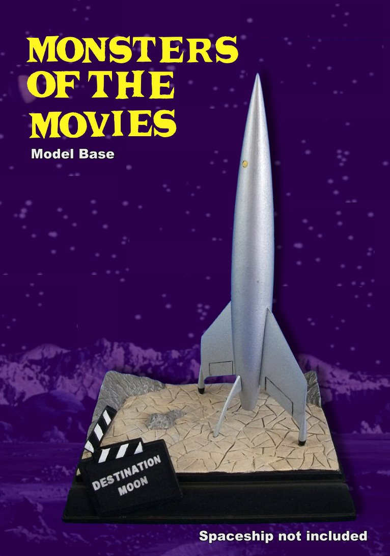Destination Moon Luna - Monsters of the Movies base