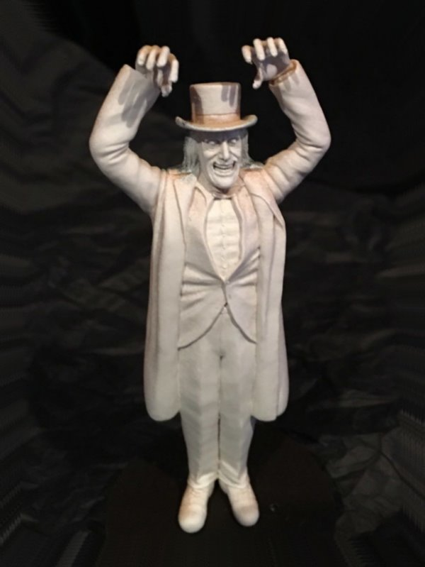 London After Midnight - MicroMania figure from Black Heart