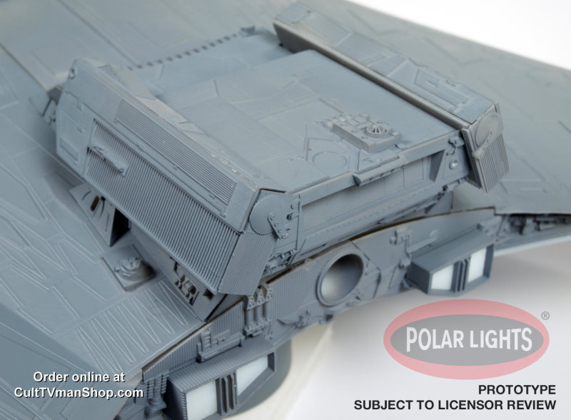 Klingon K't'inga 1:350 scale from Polar Lights/Round 2 - SCRATCH AND DENT