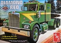 Diamond Reo Tractor - 1:25 from AMT/Round 2
