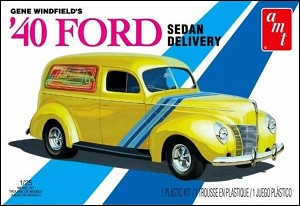 1940 Ford Sedan - Gene Winfield  1:25 from AMT/Round 2