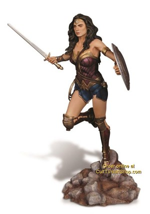 Wonder Woman - Batman v. Superman 1:8 RESIN kit from Moebius Models