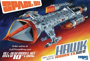 Space 1999 Hawk Mk IX 1/72 scale from MPC/Round 2