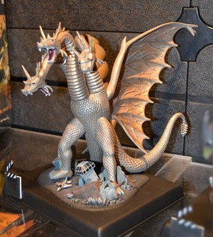 King Ghidorah 1:350 reissue from Polar Lights/Round 2 - PREORDER RESERVATION