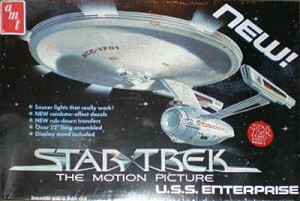 Refit Enterprise - Star Trek The Motion Picture Smoothie from AMT - SEALED