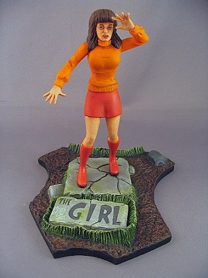 The Girl Deluxe Figure and Base - Graveyard Scenes
