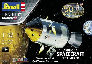 Apollo 11 CSM spacecraft  1:32 scale from Revell Germany